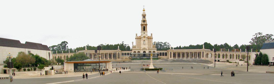 basilica_fatima_by_andreas-trepte