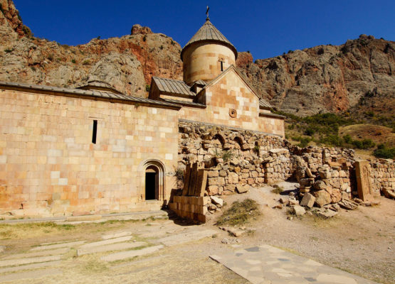 armenia_02-kaukaz-norawank